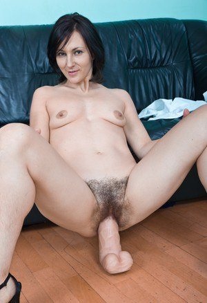 Hairy Mature Pussy Dildo