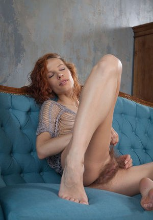 Hairy Pussy And Feet