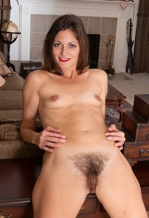 Fat hairy mature nudist foto 803
